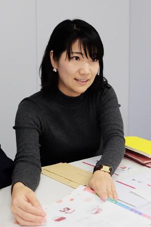 マーケティング課 商品企画係 菅田晴子さん。
