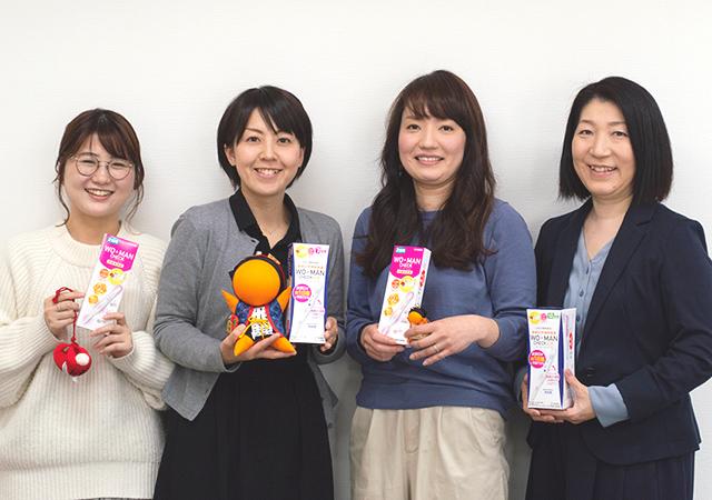左から小泉千晴さん、小島里菜さん、井上加菜さん、大伴美和子さん